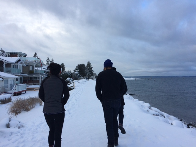 RADIUS Fellows Retreat 2017 - walking outside at Crescent Beach